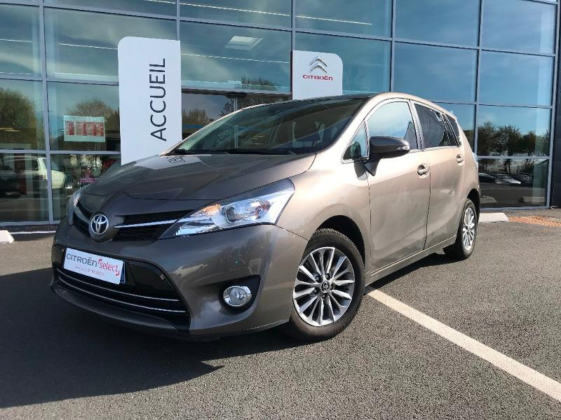 TOYOTA Verso 112 D-4D FAP Feel! SkyView 5 places